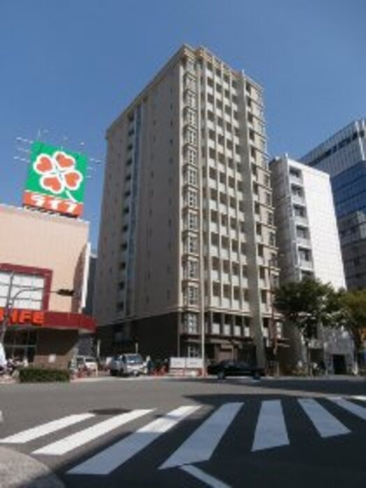 Y's Court 東梅田